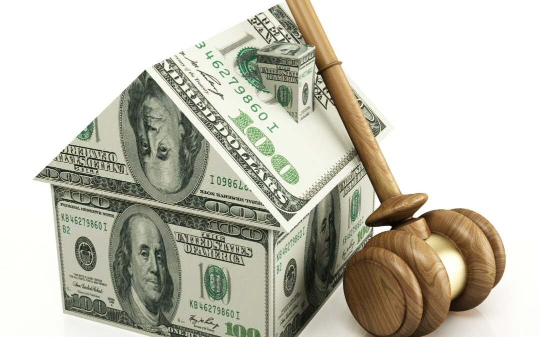 How to Buy Real Estate at an Auction